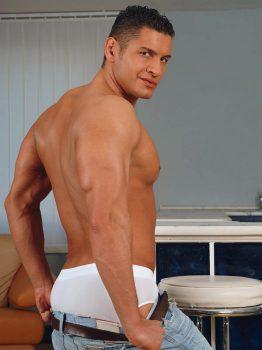 male muscle gay porn star Jose Ganetti | hotmusclefucker.com