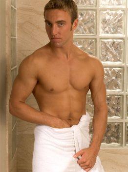 male muscle gay porn star Justin Gemini | hotmusclefucker.com