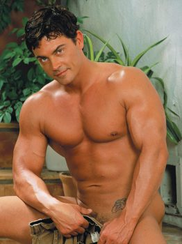 male muscle gay porn star Rob Romoni | hotmusclefucker.com