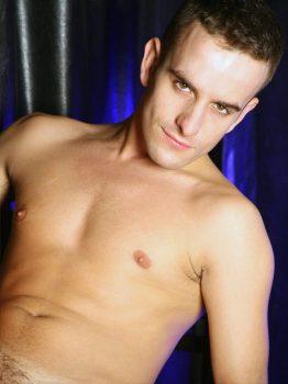 male muscle gay porn star Simon Angel | hotmusclefucker.com
