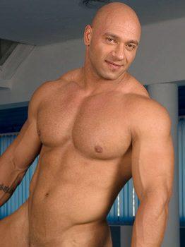 male muscle gay porn star Win Diesel | hotmusclefucker.com