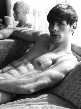 male muscle gay porn star Bill Eld | hotmusclefucker.com