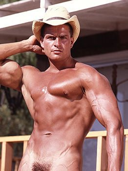 male muscle gay porn star Fred Slinger | hotmusclefucker.com
