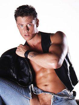 male muscle gay porn star John Box | hotmusclefucker.com