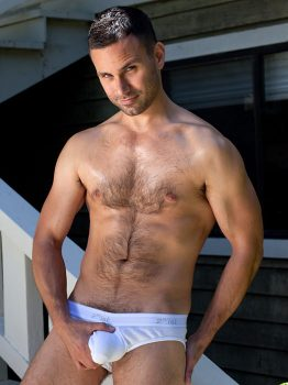 male muscle gay porn star Conner Habib | hotmusclefucker.com