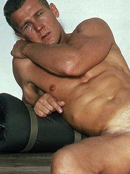 male muscle gay porn star Will Garret | hotmusclefucker.com