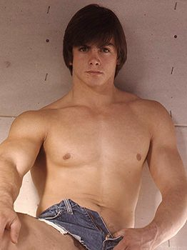 male muscle porn star: Danny Collier, on hotmusclefucker.com