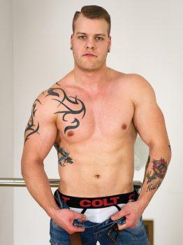 male muscle porn star: Paul Fresh, on hotmusclefucker.com