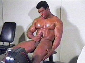 gay muscle porn clip: Pumping Fever - Rick Strode - Rick Strode, on hotmusclefucker.com